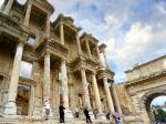 エフェソスのセルシウス図書館の跡地